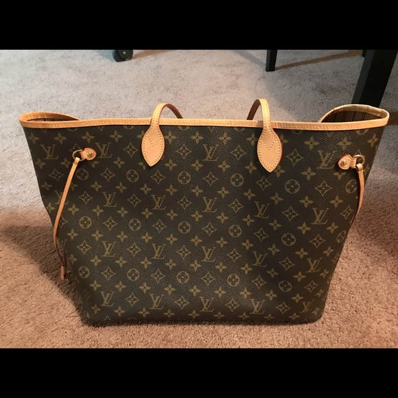 f0840ce92c99 Louis Vuitton Handbags - Louis Vuitton Neverfull GM Monogram Tote